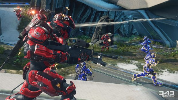 Un'immagine del multiplayer di Halo 5 Guardians.