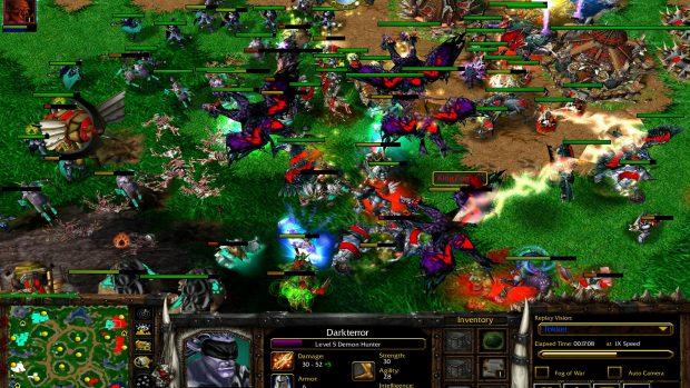 Nonostante le tante innovazioni gradite al pubblico Warcraft III non è riuscito a sostituire Starcraft.