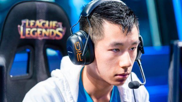 Hai Lam a 23 anni dovette lasciare gli eSports a causa dei frequenti problemi al polso. Tornato in campo, ha abbandonato definitivamente ad aprile, a 25 anni.