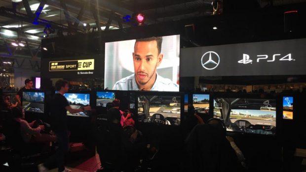 Lo stand Sony e Mercedes che farà da palcoscenico della competizione.