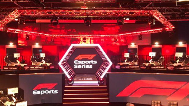 Un'immagine delo studio che ospita la F1 Esport Series.