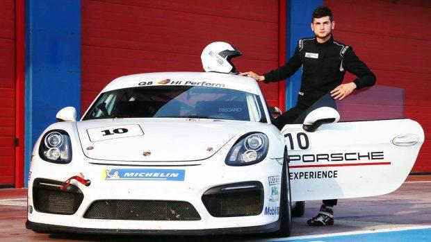 Enzo Bonito è riuscito a passare dal virtuale al reale proprio grazie alla Porsche Carrera Cup di Ak Informatica. Se a Imola non avesse piovuto…