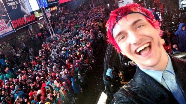 La popolarità di Ninja è tale che a a Capodanno ha tenuto una diretta da Times Square.