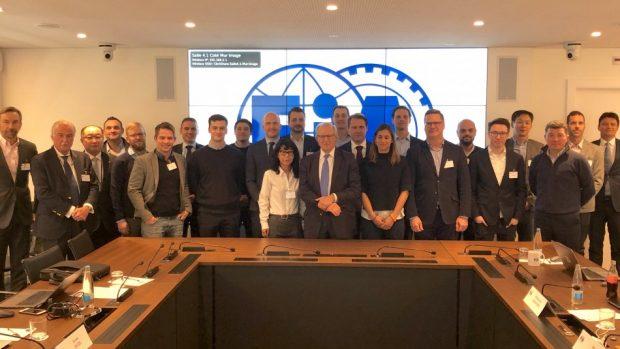 Ecco il FIA Digital Motor Sport Working Group al completo. Regolamenti, attività di promozione e comunicazione del motorsport virtuale saranno l'obiettivo di questa squadra di lavoro nei prossimi mesi.