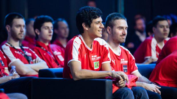 Igor Fraga, campione della prima edizione del Gran Turismo Championship, si alterna tra i simulatori e la Formula 3 brasiliana.