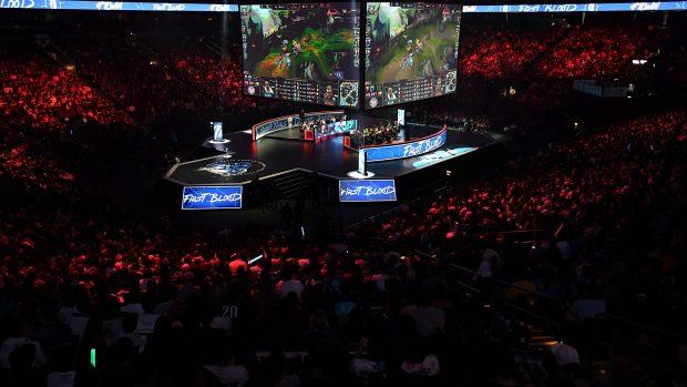 La finale estiva della divisione nordamericana della League of Legends Championship Series, lo scorso settembre, all'Oracle Arena di Oakland, tra i Team Liquid (che vinceranno) e i Cloud 9.