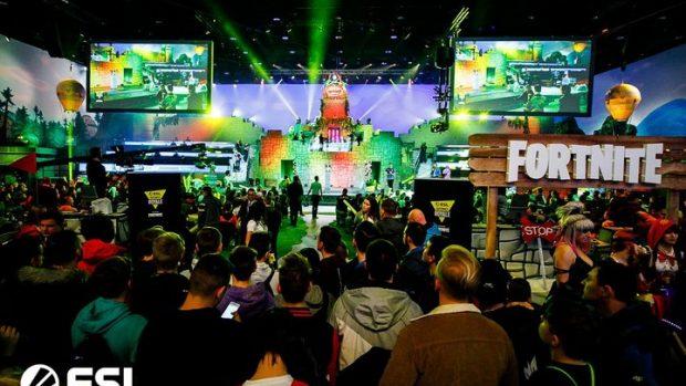 L'atmosfera festosa e colorata dell'arena ha contribuito alla celebrazione di Fortnite.