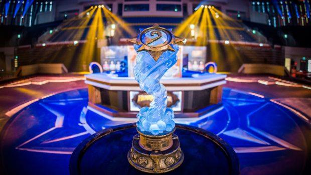 Un'immagine dello stage dell'Hearthstone World Championship 2019 prima dell'inizio del torneo. Al vincitore andranno 250mila dollari.